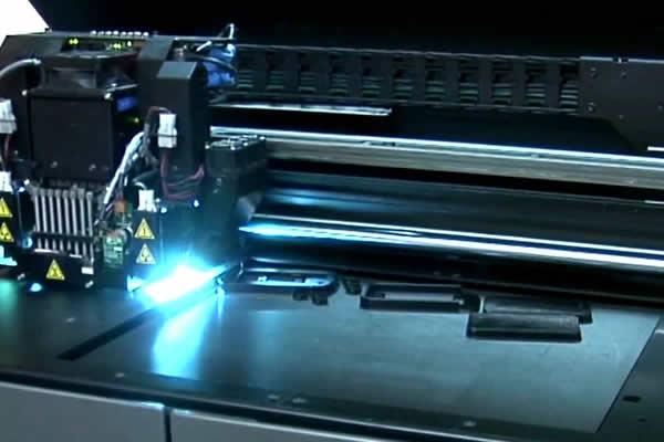 Impression 3D de coques avec imprimante EDEN500V de Stratasys
