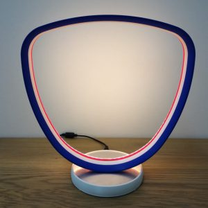 Luminaire rond LED, imprimé en 3D. Modèle multi-couleurs.