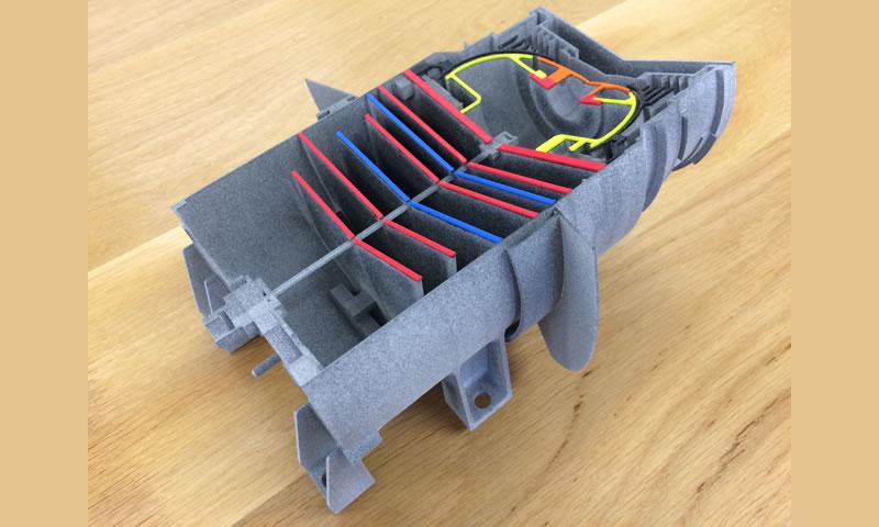 Maquette par impression 3D en frittage de poudre et FDM