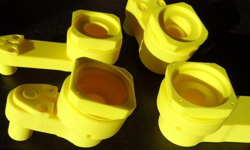 Renvois d'angles pour visseuse pneumatique fabriquée en impression 3D laser SLS.