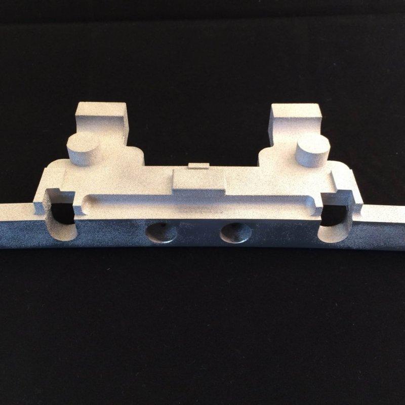 Gabarit de perçage en aluminium réalisé par avec une imprimante 3D.