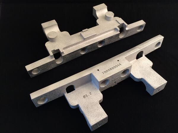 Gabarit de perçage réalisé en fabrication additive aluminium avec imprimante 3D EOSINT.