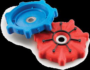 Pièces plastiques bleu et rouge fabriqués avec le matériau plastique pour impression 3D ABSplus.