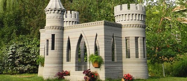 Château en plastique construit avec une imprimante 3D.